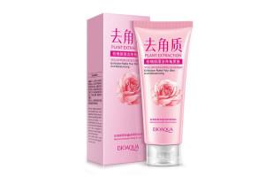 BioAqua Rose  очищающий пилинг для лица с экстрактом розы и гиалуроновой кислотой (120 г)