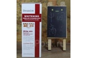 Dekrei Cleans Balm Whitening осветляющая пенка для умывания