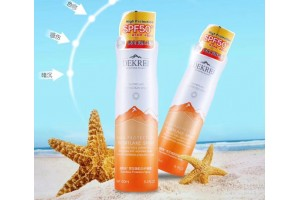 Dekrei High Protection Snowflake Spray SPF50 солнцезащитный спрей